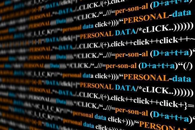 Ile zarabia programista w 2021 roku?