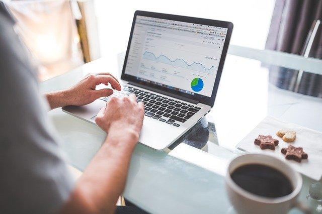 Zaawansowane funkcje Google Analytics, które warto znać!